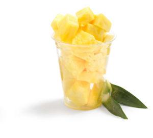 Ananas rezan v lončkih