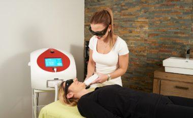 Lasersko odstranjevanje dlak z diodnim laserjem (KR, LJ)