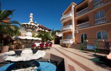 CRIKVENICA, Villa Canaria***