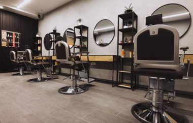 20 % popust v salonih Simple Barber Shop (PON-ČET med 9. in 13. uro)