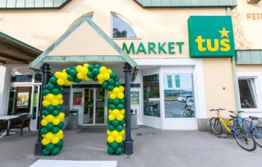 Tuš odprl priročni market v Petrovčah