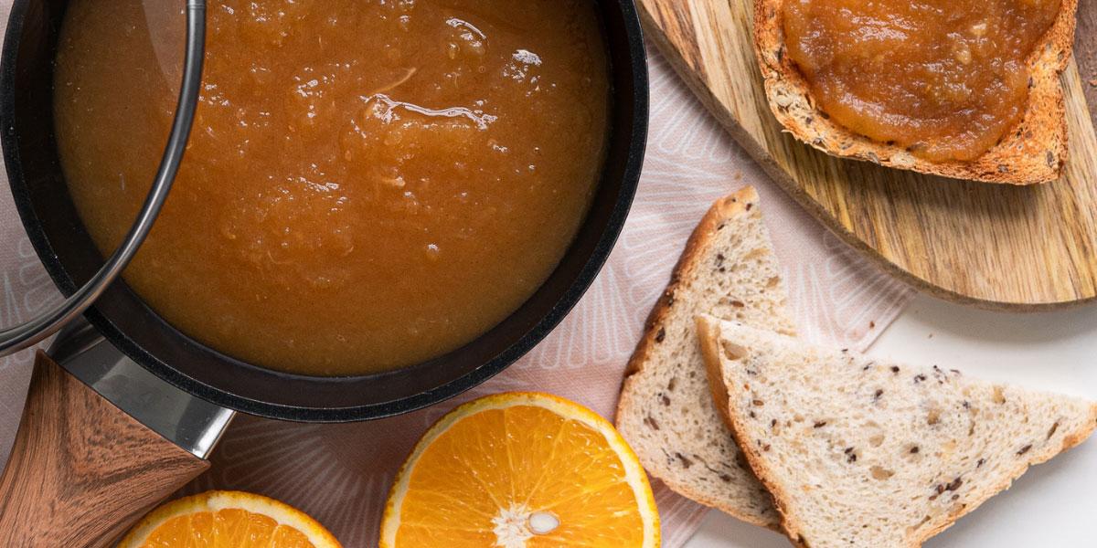 Pomarančna marmelada s cimetom