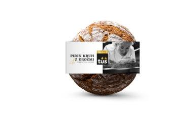 Pirin kruh z drožmi po recepturi Ane Roš
