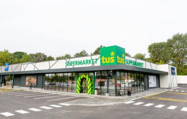 Novi Tuš supermarket Lenart pozdravil prve kupce