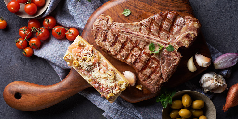 Recept za T-bone steak z brusketo