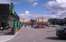 Tuš center Notranje Gorice